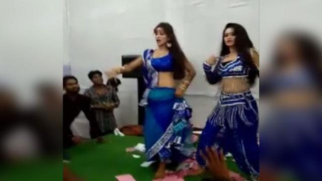 छात्रसंघ चुनाव में वोट के लिए कराया लड़कियों का 'अभद्र' डांस