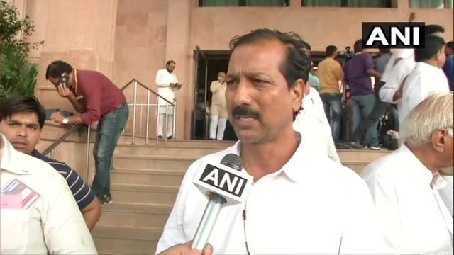 पैसे लेकर टिकट देती है पार्टी: BSP विधायक