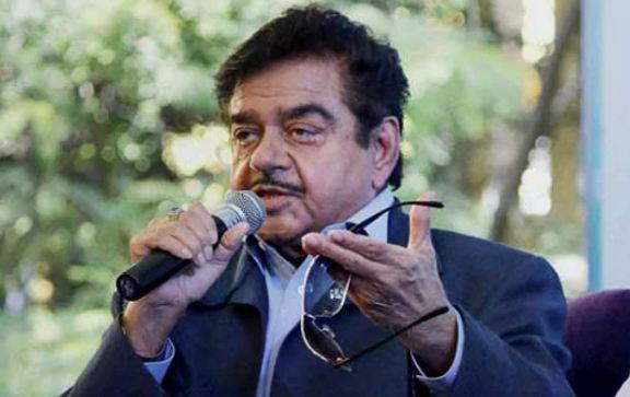 TV एक्ट्रेस को सीधा एचआरडी मंत्री बना दिया तो मैं क्या बुरा था : शत्रुघ्न सिन्हा