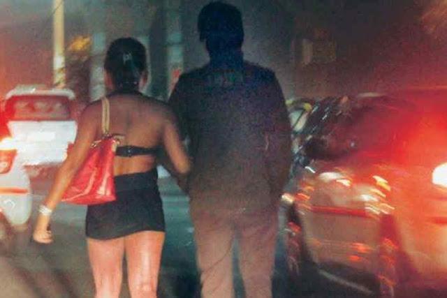 भारत में यहां महिलाएं रात को करती हैं मर्दों की नीलामी
