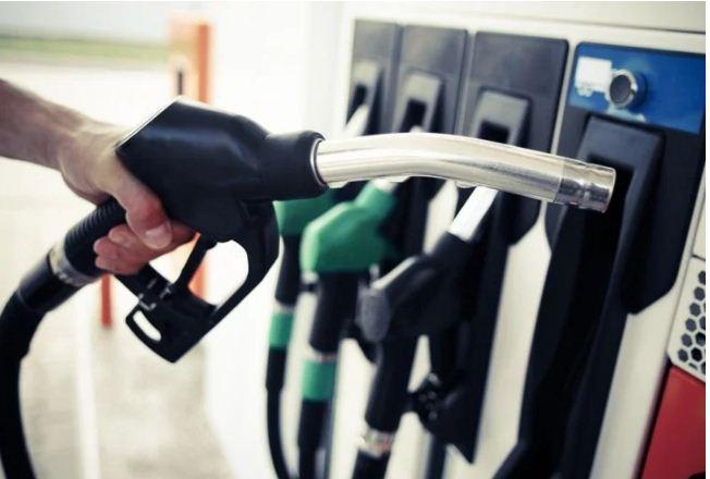 आज फिर बढ़े पेट्रोल-डीजल के दाम