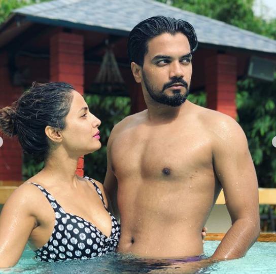 ब्वॉयफ्रेंड के साथ फोटो पोस्ट करने पर ट्रोल हुईं हिना खान