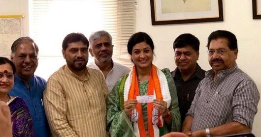 अलका लांबा 5 रुपये की पर्ची कटाकर कांग्रेस में शामिल!