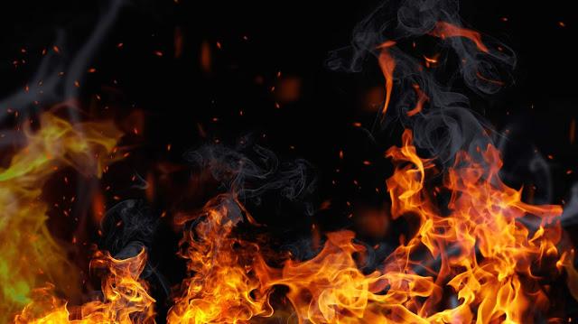 वीवीआईपी इलाके में स्थित एसबीआई की बिल्डिंग में आग