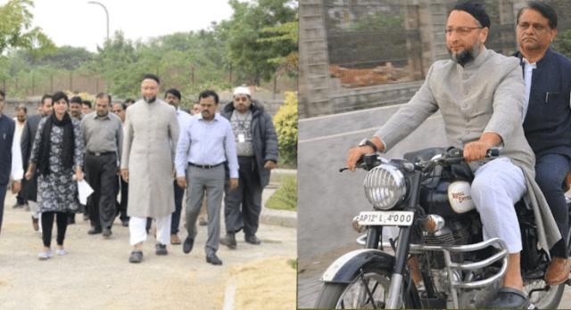कमिश्नर को बाइक पर बैठकर हैदराबाद में घूमे ओवैसी, अधूरे कामों का किया निरिक्षण