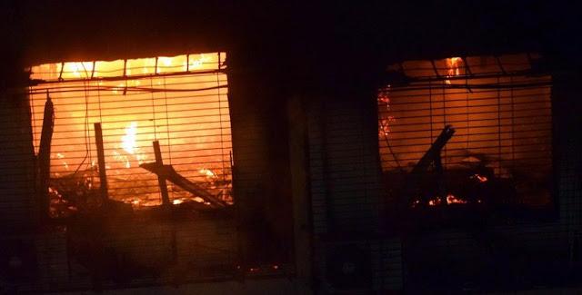 लव जिहाद के आरोप में साम्प्रदायिक बवाल, 15 दुकानों को किया आग के हवाले
