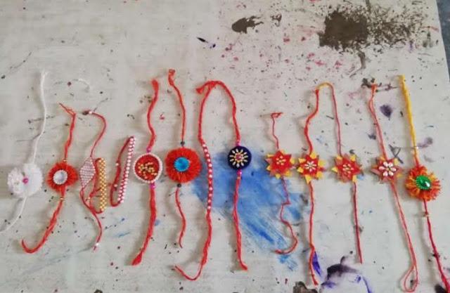बच्चों ने रद्दी सामान से बनाई खूबसूरत राखियां!
