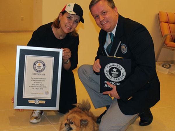 इस लड़की को कुत्तों से इतनी मोहब्बत, बन गया वर्ल्ड रिकॉर्ड!
