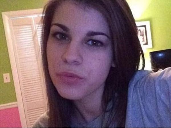 14 साल के लड़के को बच्चे का बाप बताने पर रेप के आरोप में गिरफ्तार हुई 19 साल की युवती...