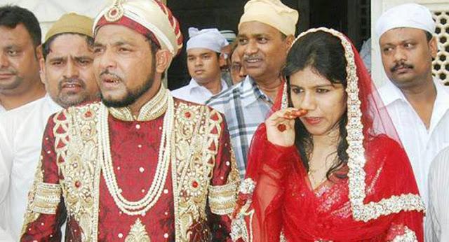 सुप्रीम कोर्ट विवादित जमीन हमें सौंप दे तो 'राम मंदिर' बनाऊंगा: प्रिंस हबीबुद्दीन तूसी