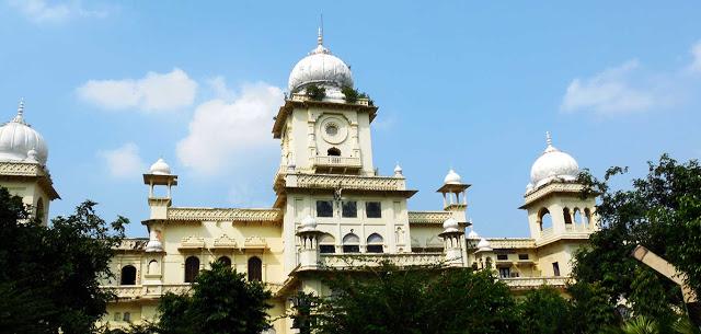 तीन तलाक़ को सिलेबस में शामिल करेगा लखनऊ विश्वविद्यालय