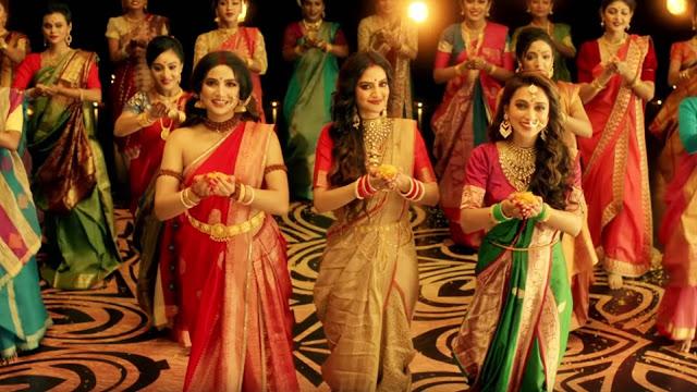 नुसरत जहां ने मां दुर्गा के गाने पर किया डांस