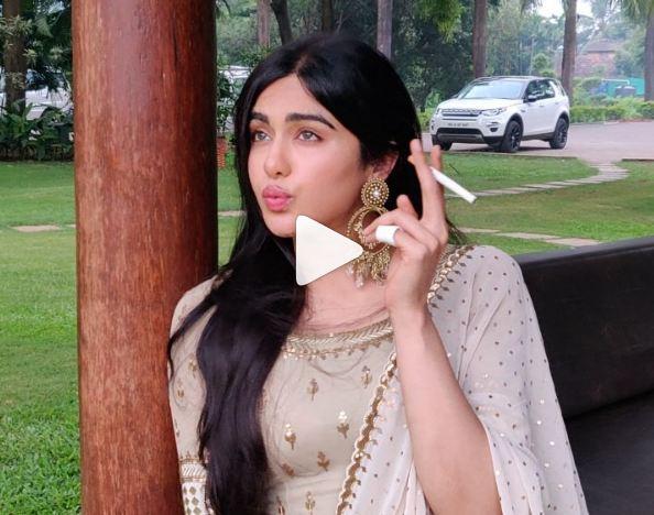 इंटरनेट पर सुर्खियां बटोर रहे हैं अदा शर्मा के क्रेजी विडियोज