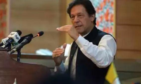 इमरान खान ने PoK में मनाया पाक की आजादी का जश्न, भारत को दी धमकी!