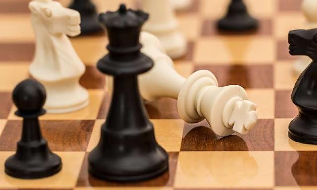 अब स्कूलों में पढ़ाई के साथ शतरंज की चाल भी सीखेंगे बच्चे