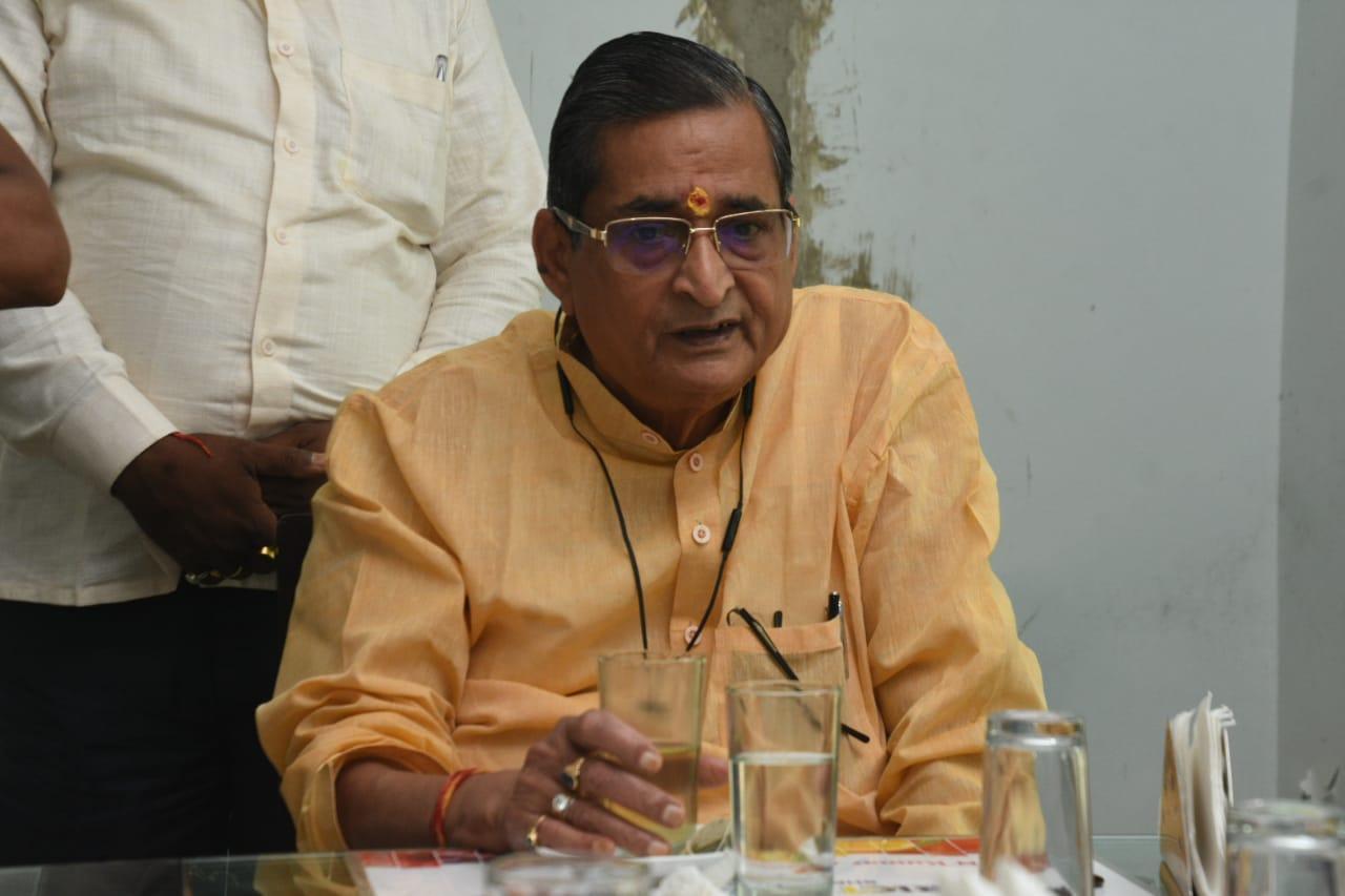 नितीश-मोदी को मुलाकात पर RK सिन्हा बोले- बिहार अब विकास की पटरी पर आगे दौड़ेगा