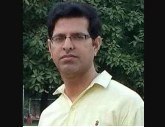 कारों की भिड़ंत में शिक्षक की मौत