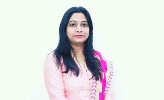 संघमित्रा मौर्य ने लोगों से कहा- मौका मिले तो किसी दूसरे का वोट भी डाल देना...