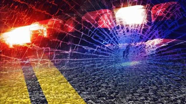 फुटपाथ पर सो रहे दो लोगों को कार ने रौंदा, एक की मौत