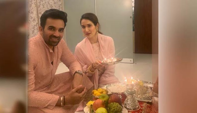 जहीर खान ने पत्नी सागरिका के साथ मनाई दिवाली
