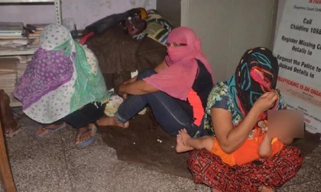 लड़कियों के फोटो भेजकर बुलाते थे ग्राहक, पॉश इलाके में चल रही थी जिस्मफरोशी...