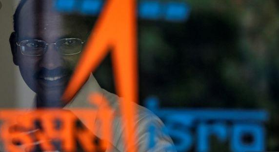 पूरी तरह सुरक्षित है विक्रम लैंडर, संपर्क साधने की कोशिशें जारी: इसरो