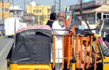 बेहद सादगी भरी जिंदगी जीते हैं BJP सांसद प्रताप चंद्र सारंगी