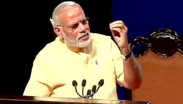 जानिए क्यों हमेशा 'उल्टी' घड़ी पहनते हैं PM नरेंद्र मोदी