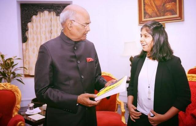 लीडस्टार्ट ने नेहा गुप्ता को उनकी बुक 'स्वैप्ड' के लिए किया साइन...