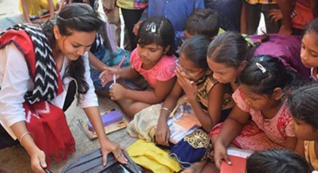 दिहाड़ी मज़दूरों के बच्चों को मुफ्त में पढ़ाती है 'अंकिता'