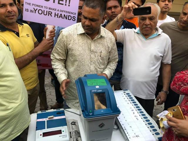 क्यों चुनावों में मशीन का इस्तेमाल नहीं होना चाहिए?: रवीश कुमार