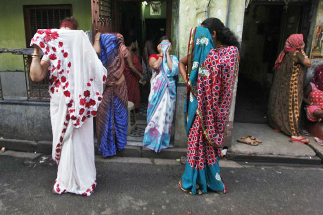 यहां मात्र 120 रुपये में बिकता है लड़कियों का जिस्म