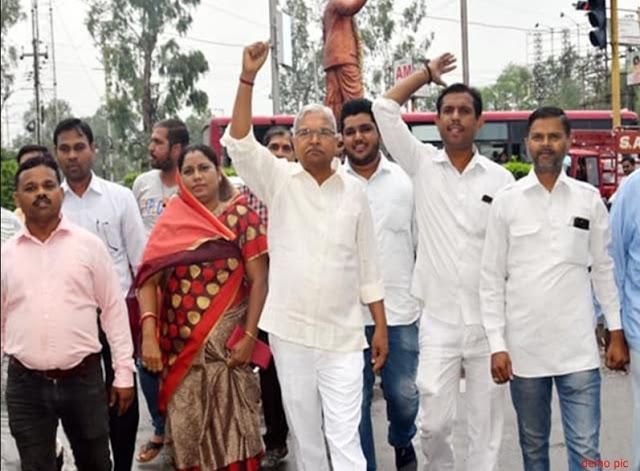 BJP नेता की धमकी- मांगें पूरी नहीं हुई तो खून बहा देंगे...