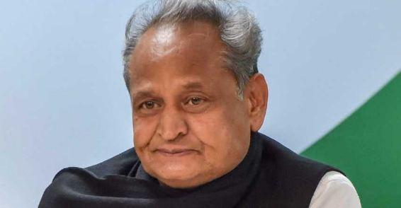 सचिन पायलट के पहुंचने से पहले ही CM अशोक गहलोत ने दिल्ली में डेरा जमाया