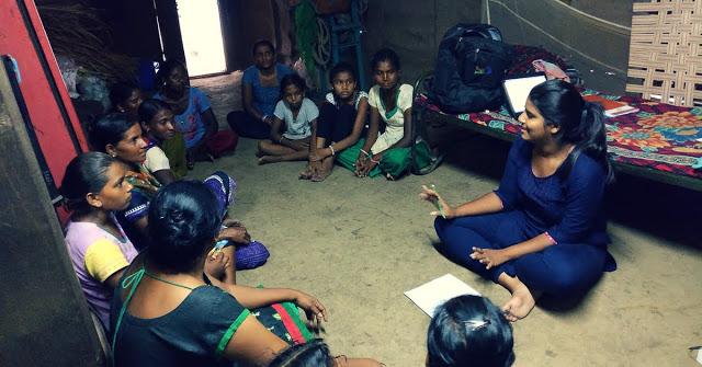 सौम्या ने गांव में शुरू किया ये बिजनेस, महिलाओं को दे रहीं रोज़गार