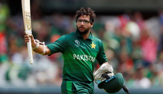 पाक क्रिकेटर इमाम उल हक पर कई महिलाओं के साथ अफेयर का आरोप