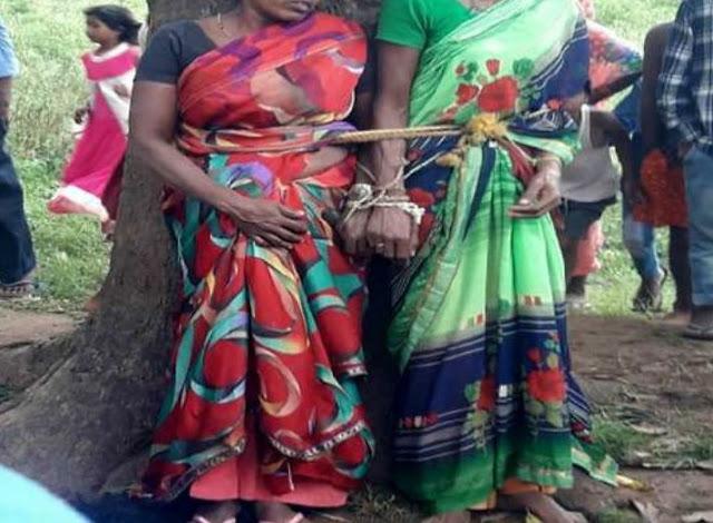 दो सगी बहनाें काे पेड़ से बांधकर बेरहमी से पीटा