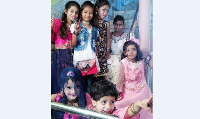 देश भर में हर्षाेल्लास से मनाई गई ईद