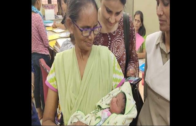 मां दुर्गा की मूर्ति विसर्जन के दौरान लावारिश मिली एक दिन की बच्ची!