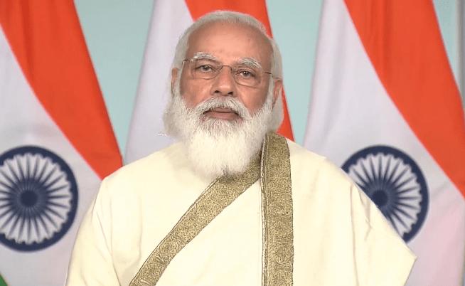 प्रधानमंत्री नरेन्द्र मोदी ने गुजरात और महाराष्ट्र के स्थापना दिवस पर बधाई दी