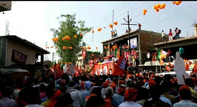 Live: अमेठी में BJP अध्यक्ष अमित शाह का भव्य रोड शो, ये मंत्री भी है मौजूद